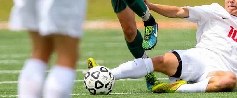 米国NCAA大学サッカーにおける怪我発生率の研究で、フィールドターフが天然芝(※)より優れた安全性を備えていることが明らかに